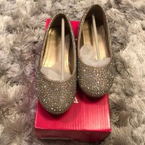 Other - Gold glitter toddler flats